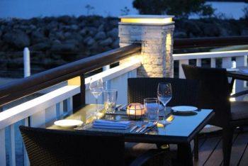 記念日やイベントの日にカップルが行くレストラン。特別なレストランに行く意味を考えている。
