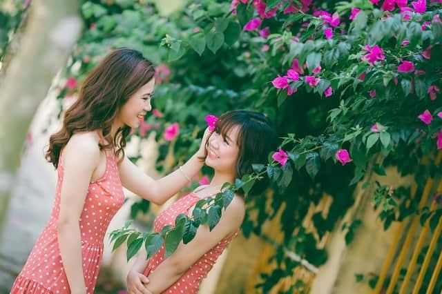 同性の友達に可愛いと言う女子の笑顔