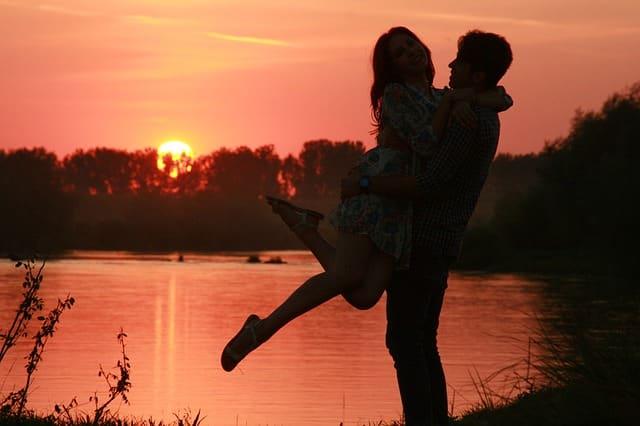 キスするデートの回数に拘らないラブラブなカップル