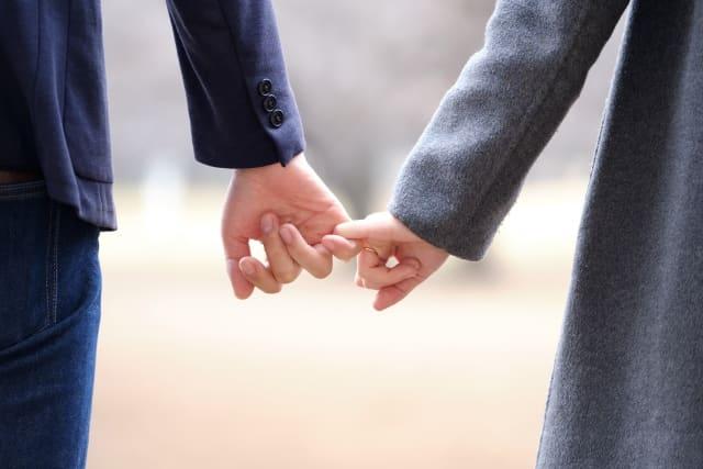 好きな人との距離感が縮める方法を実践した男性