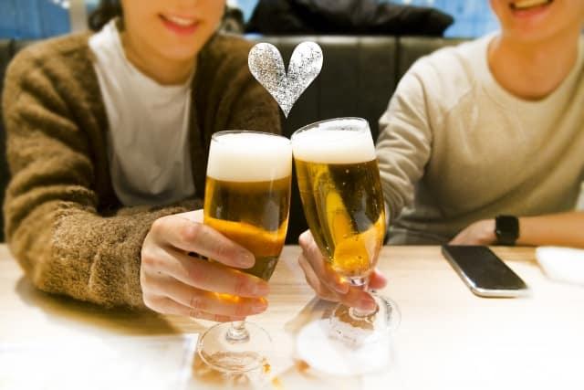 酔った時の男性心理が気になる女子の乾杯風景