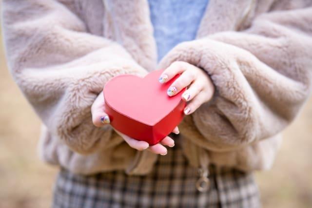 彼氏がいない女子が「恋愛したい」と願いを込めるプレゼント