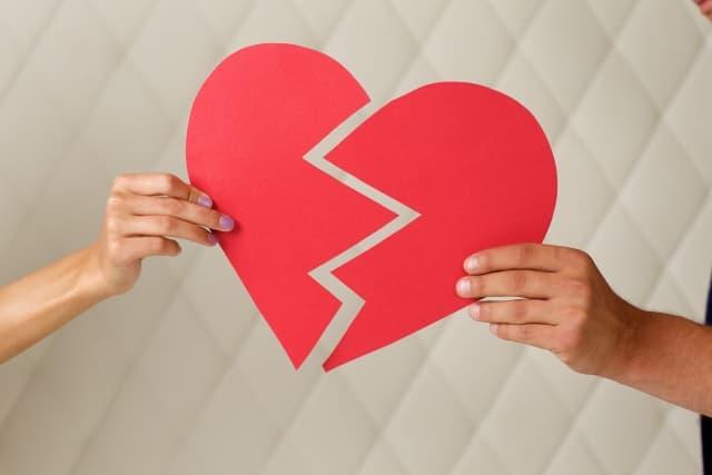 恋に恋してることがデメリットになって恋愛が上手くいかない人の関係図